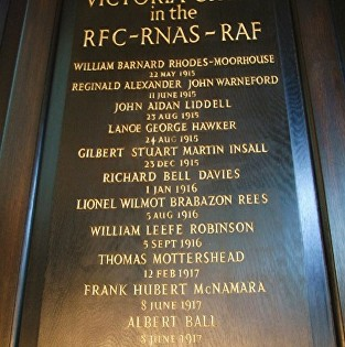 raf memorial st clements danes church aldwych
