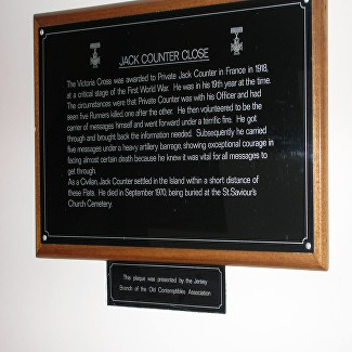 counter plaque