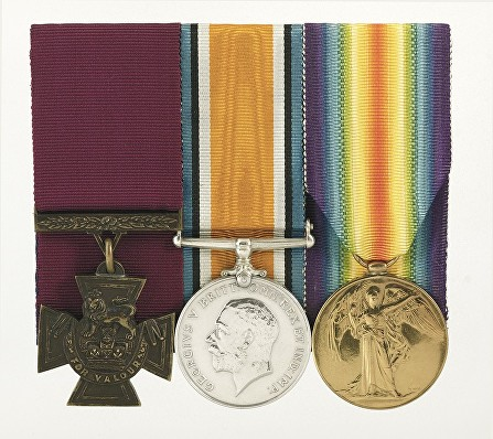 leo clarke medal group